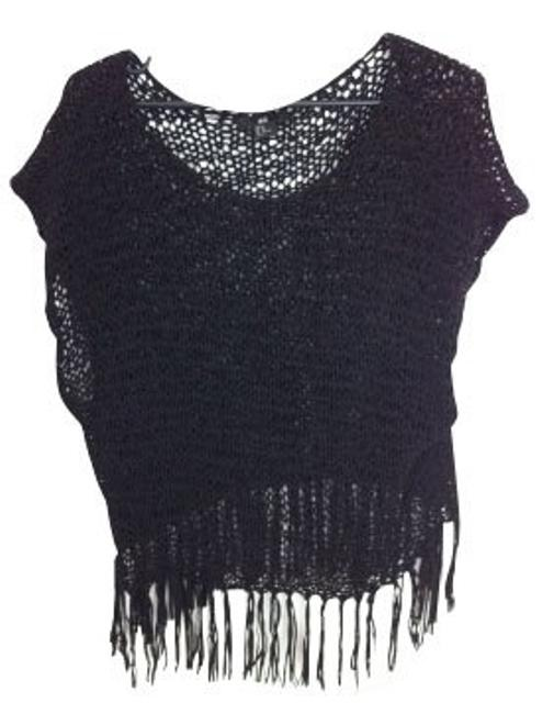 Preload https://item3.tradesy.com/images/h-and-m-black-blouse-size-2-xs-427-0-0.jpg?width=400&height=650