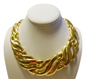 21 Inch Goldtone Statement Necklace