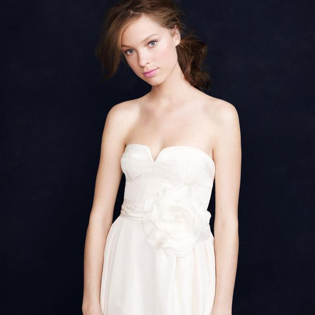 Item - Ivory Silk Taffeta Sascha Modern Wedding Dress Size 6 (S)