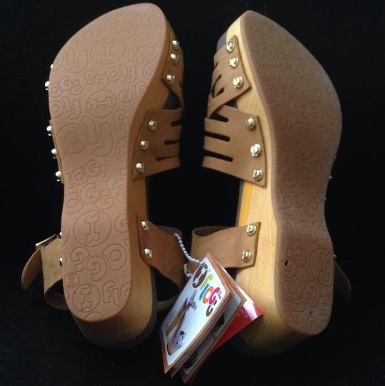 Flogg Luggage Sandals