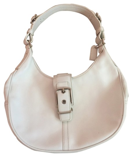 Preload https://item3.tradesy.com/images/coach-white-leather-hobo-bag-4271827-0-0.jpg?width=440&height=440