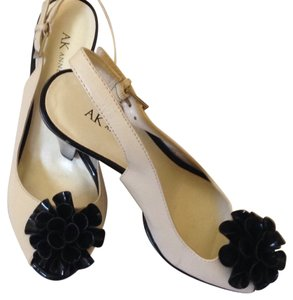 AK Anne Klein Black and white Formal