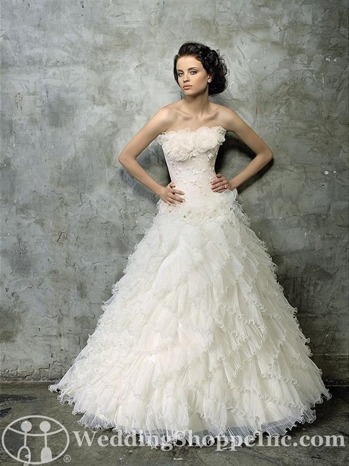 Madeline Gardner New York Ivory Tulle Sample Formal Wedding Dress ...