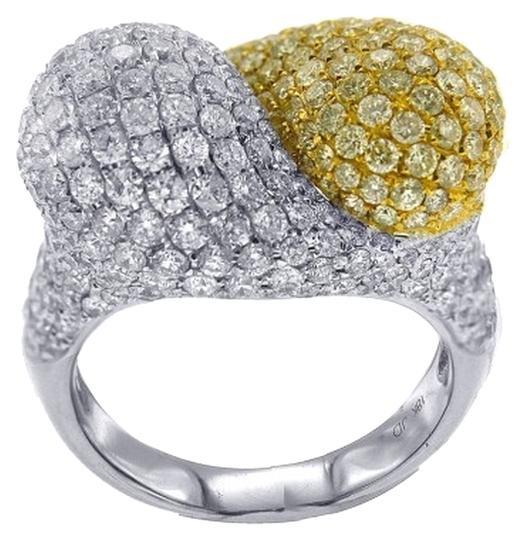 Other BRAND NEW, Ladies 18K White Gold Diamond Cocktail Ring with Yellow Diamonds