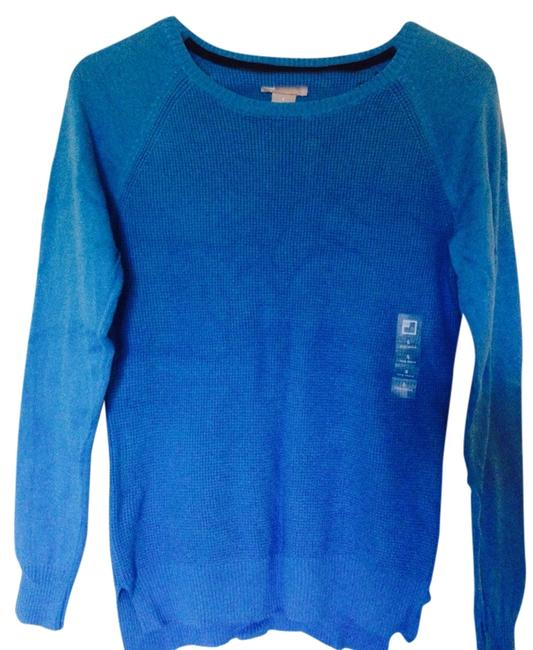 Preload https://item1.tradesy.com/images/jcp-blue-sweaterpullover-size-4-s-4273420-0-0.jpg?width=400&height=650