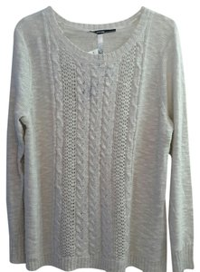 Kensie White Silver Semi Sparkly Sweater