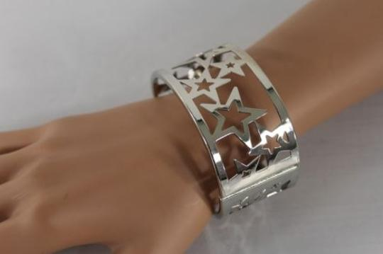 Other Women Bangle Bracelet Metal Butterfly Star Cutout Design Fashion Jewelry
