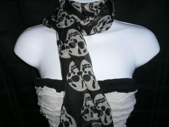 Other Women Black Scarf Gray Skulls Skeleton Drawing Soft 100 Polyester