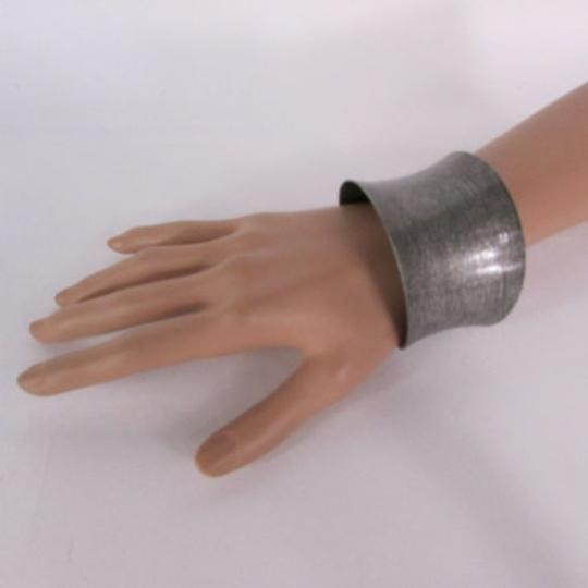 Other Women Bracelet Classic Style Metal Cuff Spanish Fashion Brush Silver Gold