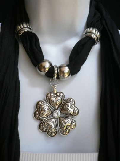 Other Women Necklace Scarf Fashion Black Soft Hearts Flower Silver Bead Pendant