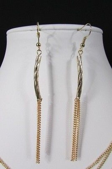 Other Women 22 Long Gold Metal Multi Chains 15 Strands Necklace Waves Earrings