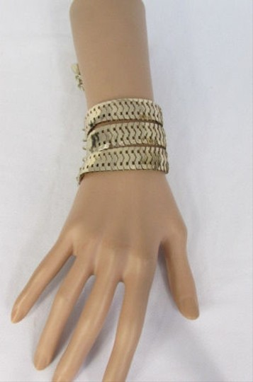 Preload https://item1.tradesy.com/images/women-bracelet-fashion-three-starnds-gold-metal-links-wide-7-10-wrist-4284295-0-0.jpg?width=440&height=440