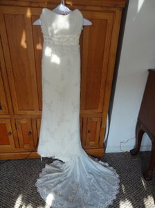 Oleg Cassini Cv226 Wedding Dress