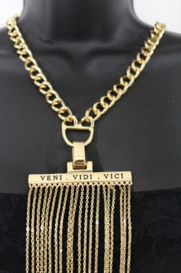 Other Women Gold Metal Chain Links Veni Vidi Vici Pendant Fashion Necklace Jewelry