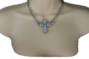 Women Fashion Necklace Silver Metal Chain Short Rhinestones Cross Pendant