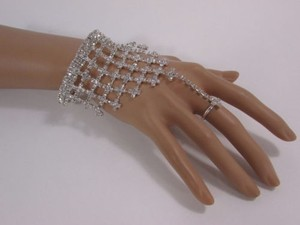 Other Women Silver Metal Finger Hand Chain Fashion Bracelet Slave Ring Rhinestones