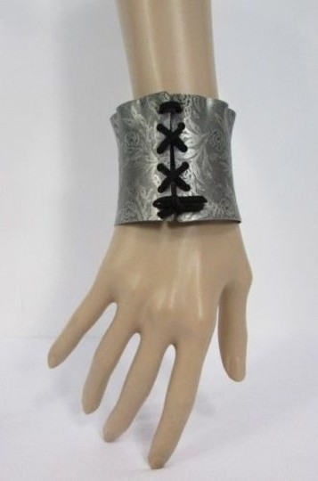 Other Women Bracelet Fashion Silver Flowers Stamp Metal Corset Jewelry