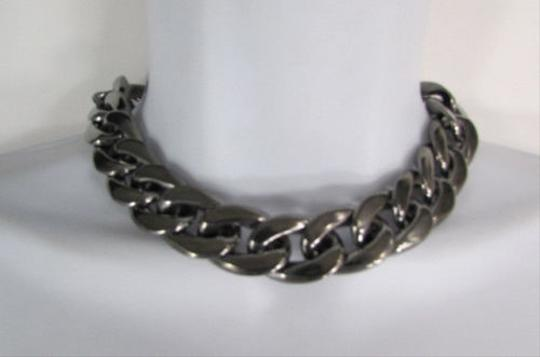 Preload https://item1.tradesy.com/images/women-pewter-gunmetal-lightweight-plastic-chunky-chain-thick-links-necklace-4288555-0-0.jpg?width=440&height=440