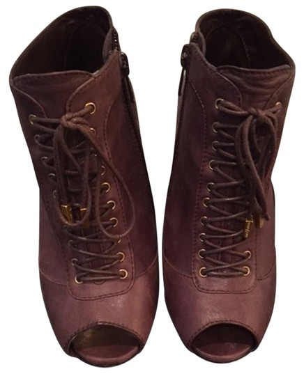 Preload https://item4.tradesy.com/images/vince-camuto-brown-boots-4289473-0-0.jpg?width=440&height=440