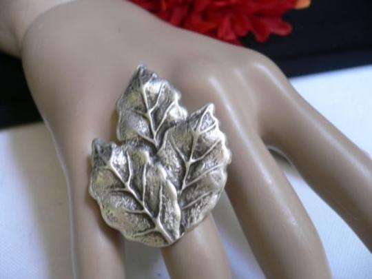 Preload https://item1.tradesy.com/images/women-silver-metal-african-trible-fall-leaves-fashion-ring-adjustable-4289605-0-0.jpg?width=440&height=440