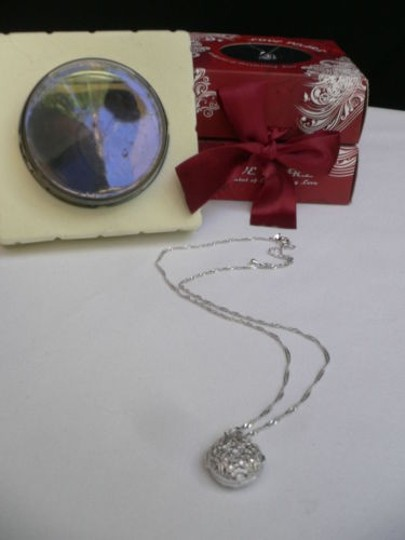 Other Women Love Pearl Silver Star Necklace Pearl Shell White Rhinestones