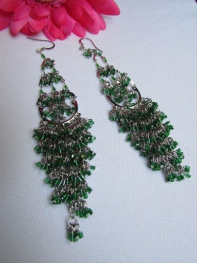 Other Women Silver Fashion Earrings Set Metal Green Beads 5.5 Long Chandelier