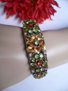 Other Women Antique Rusty Gold Cuff Flower Rhinestones Thin Fashion Bracelet