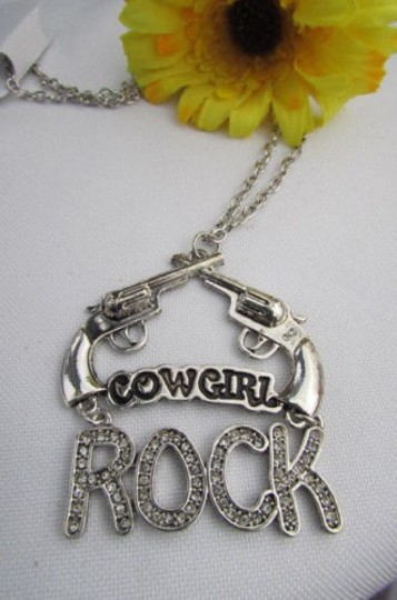 Other Women 18 Long Western Fashion Necklace Silver Chain Cowgirl Rock Hand Gun