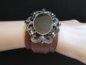 Other Women Silver Fashion Brown Faux Leather Bracelet Big Center Bead Rhinestones