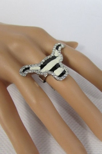 Other Women Silver Metal Zebra Print Bull Head Fashion Ring Rhinestones Adjustable