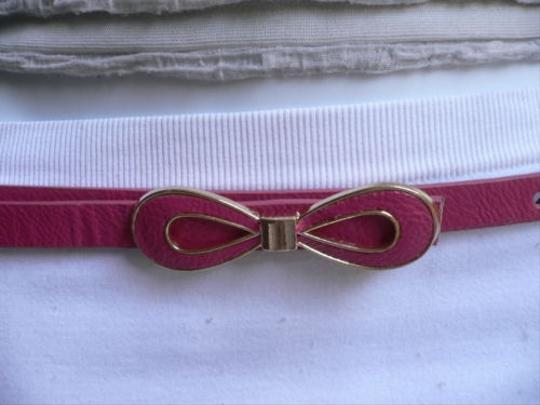 Preload https://item1.tradesy.com/images/women-summer-gold-bow-thin-d-pink-faux-leather-fashion-belt-ml-32-37-4291150-0-0.jpg?width=440&height=440