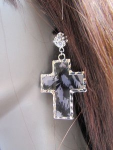Other Women Fashion Silver Black Metal Earrings Set 1.23.5 Zebra Animal Print Cross