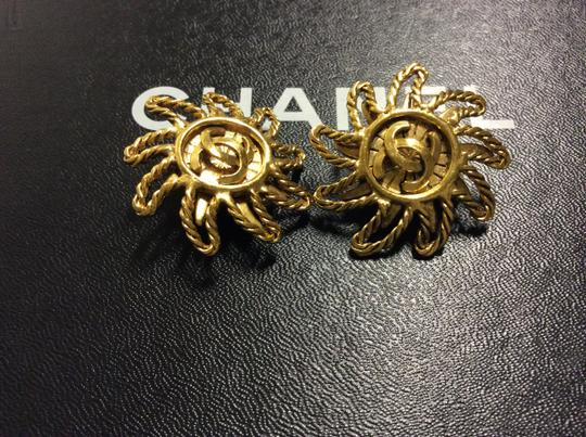 Chanel RARE VINTAGE CHANEL GOLD PLATED SUNBURST CC CLIP EARRINGS