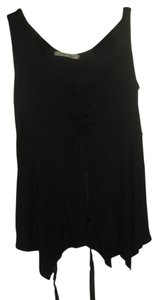Velvet by Graham & Spencer Top black