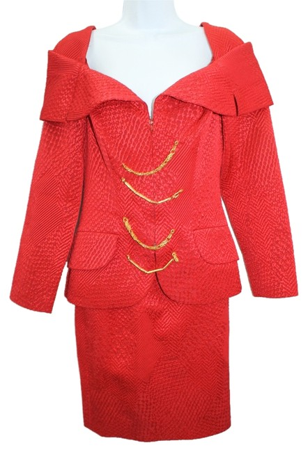 Christian Lacroix Textured Off Shoulder Red 40 Skirt Suit Size 6 (S) Christian Lacroix Textured Off Shoulder Red 40 Skirt Suit Size 6 (S) Image 1