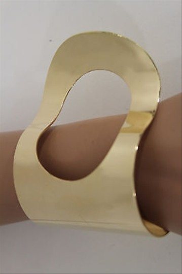 Other Women Gold Metal Hand Cuff Bracelet Fashion Jewelry Retro Wave Hole Shapes
