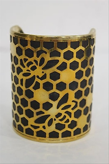 Alwaystyle4you Women Gold Metal Hand Cuff Bracelet Honey Bees Hives Black Image 1
