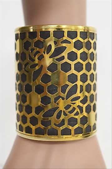Alwaystyle4you Women Gold Metal Hand Cuff Bracelet Honey Bees Hives Black Image 11