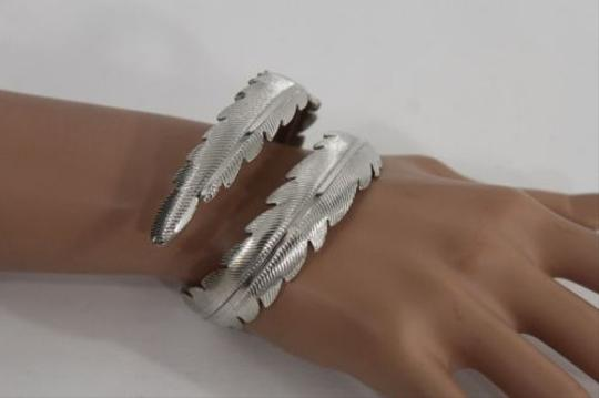 Other Women Silver Metal Leaf Cuff Bracelet Fashion Jewelry Long Leaves One