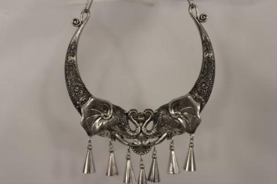 Other Women Fashion Choker Necklace Pendant Antique Silver Metal Big Elephant Head