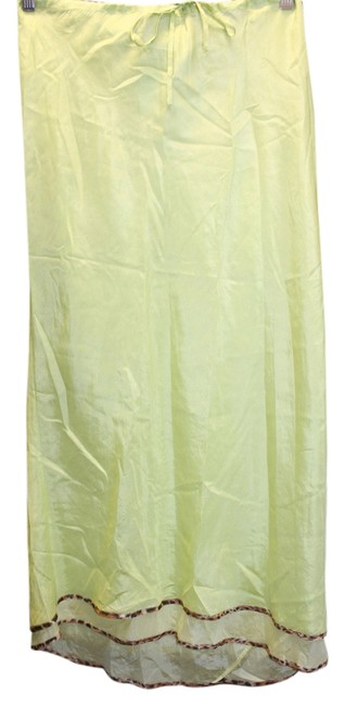 Preload https://item3.tradesy.com/images/unbranded-maxi-maxi-skirt-chartreuse-4316257-0-0.jpg?width=400&height=650