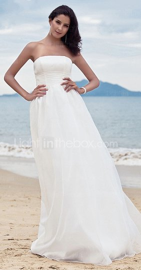 Ivory Organza Destination Wedding Dress Size 8 (M)