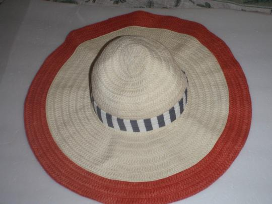 Juicy Couture Juicy Couture summer hat