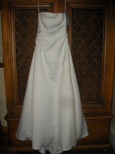 Eden White Satin Style # 1074 Casual Wedding Dress Size 8 (M)
