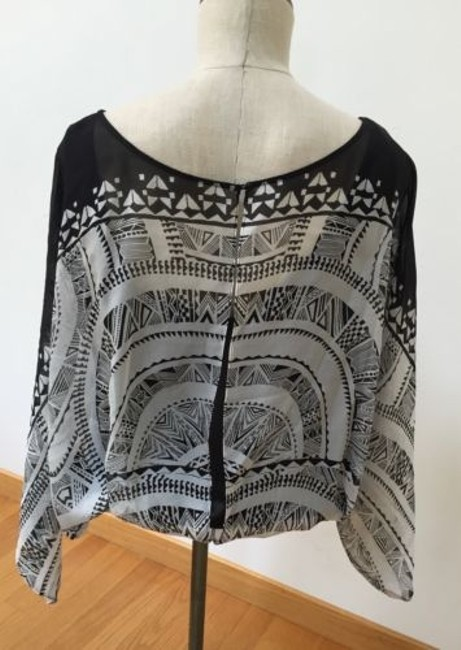 Twelfth St. by Cynthia Vincent Street Open Dolman Top Black/Gray