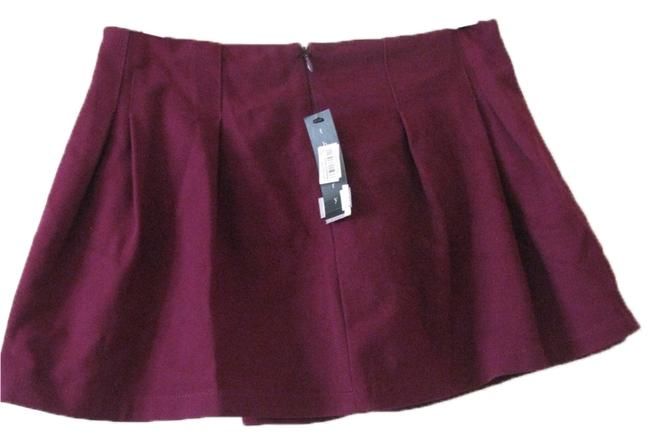 Preload https://img-static.tradesy.com/item/4377631/theory-wine-cupid-evelle-skirt-size-2-xs-26-0-2-650-650.jpg