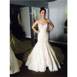 9018 Wedding Dress
