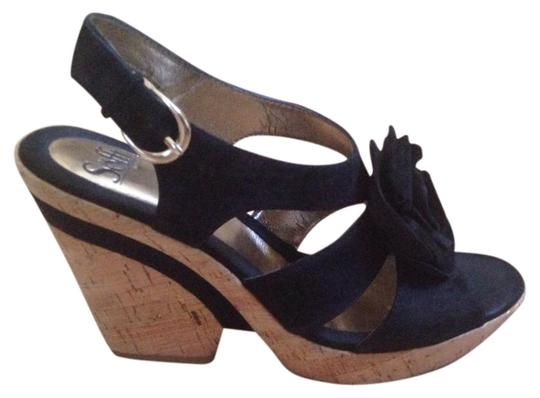 Preload https://item4.tradesy.com/images/sofft-blac-wedges-4380658-0-2.jpg?width=440&height=440