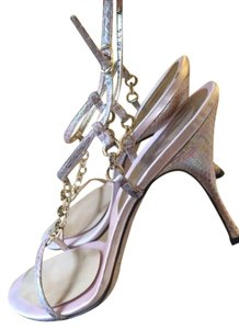 Dolce&Gabbana Dolce & Gabbana T-strap Crystals Vintage Light Pink with Gold Hardware Sandals