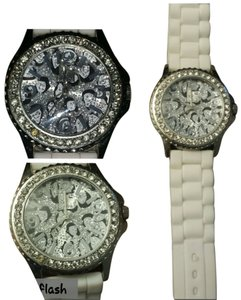 Dots Silver Leopard Print Face with White Band